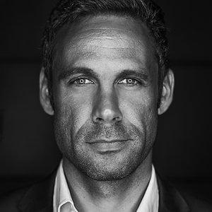 Black and White portrait of Dan Rubin.
